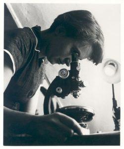 Rosalind Franklin: la madre del ADN y mucho más